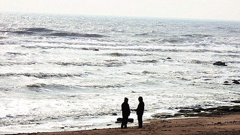 (原创)南风盛海浪涌 - 阿汪 - 阿汪的博客